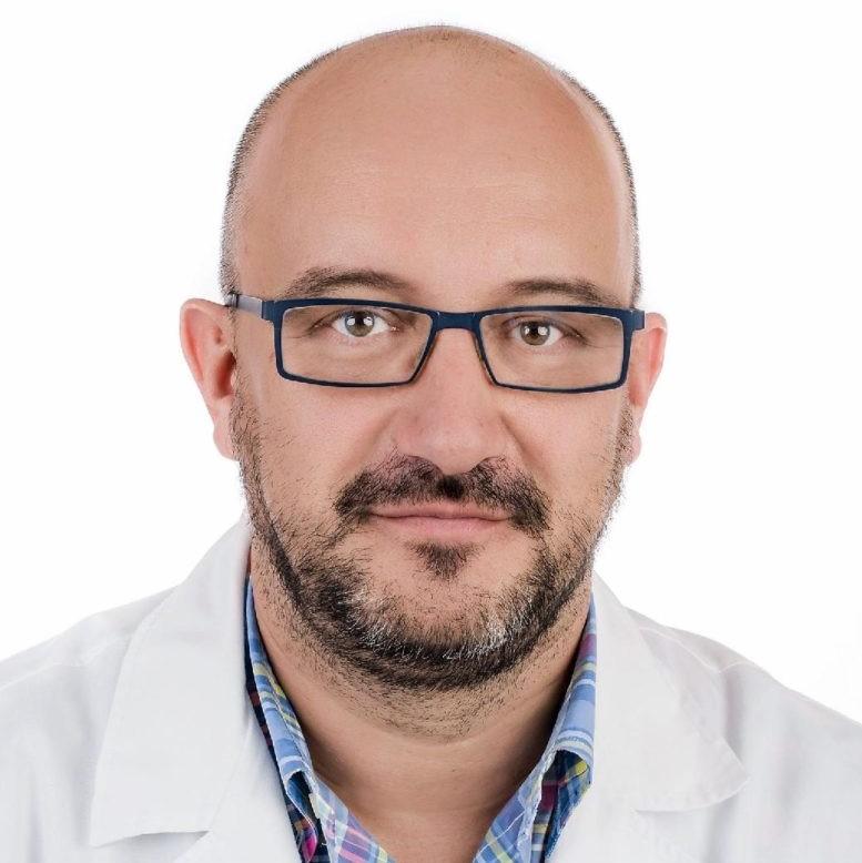 dr n. med. LESZEK GMYREK